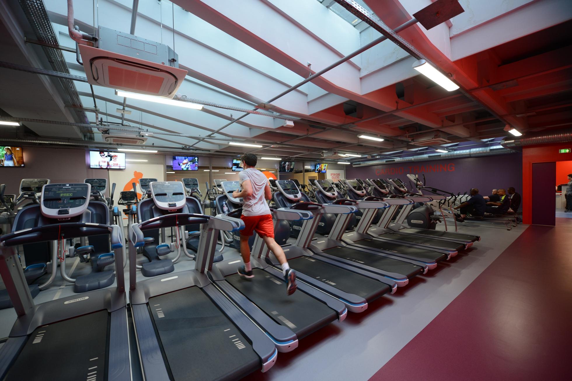 Neoness La Nouvelle Salle De Sport Au Pied De La Grande Arche