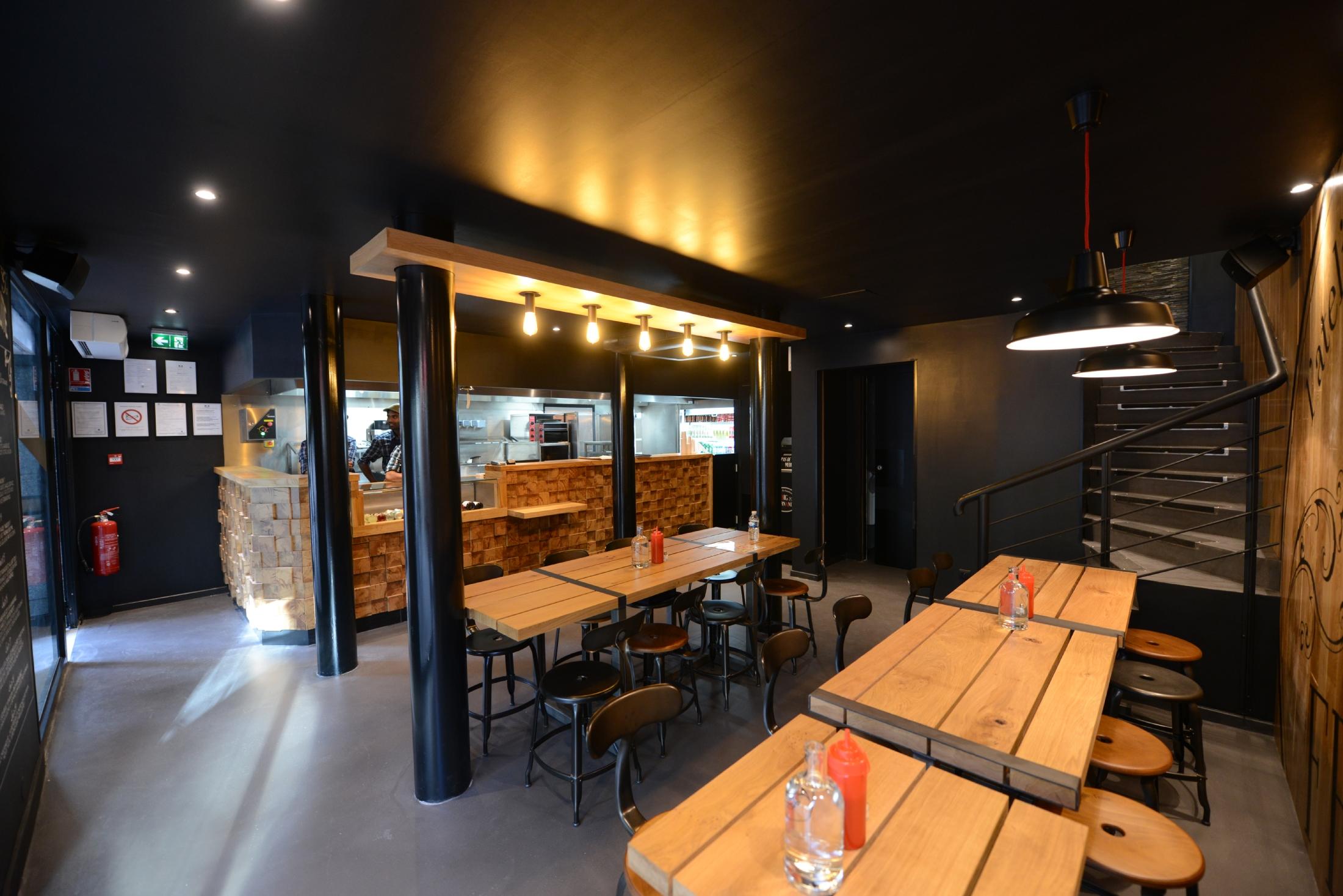 big fernand et ses fameux hamburg s accueille ses premiers clients dans le quartier michelet. Black Bedroom Furniture Sets. Home Design Ideas