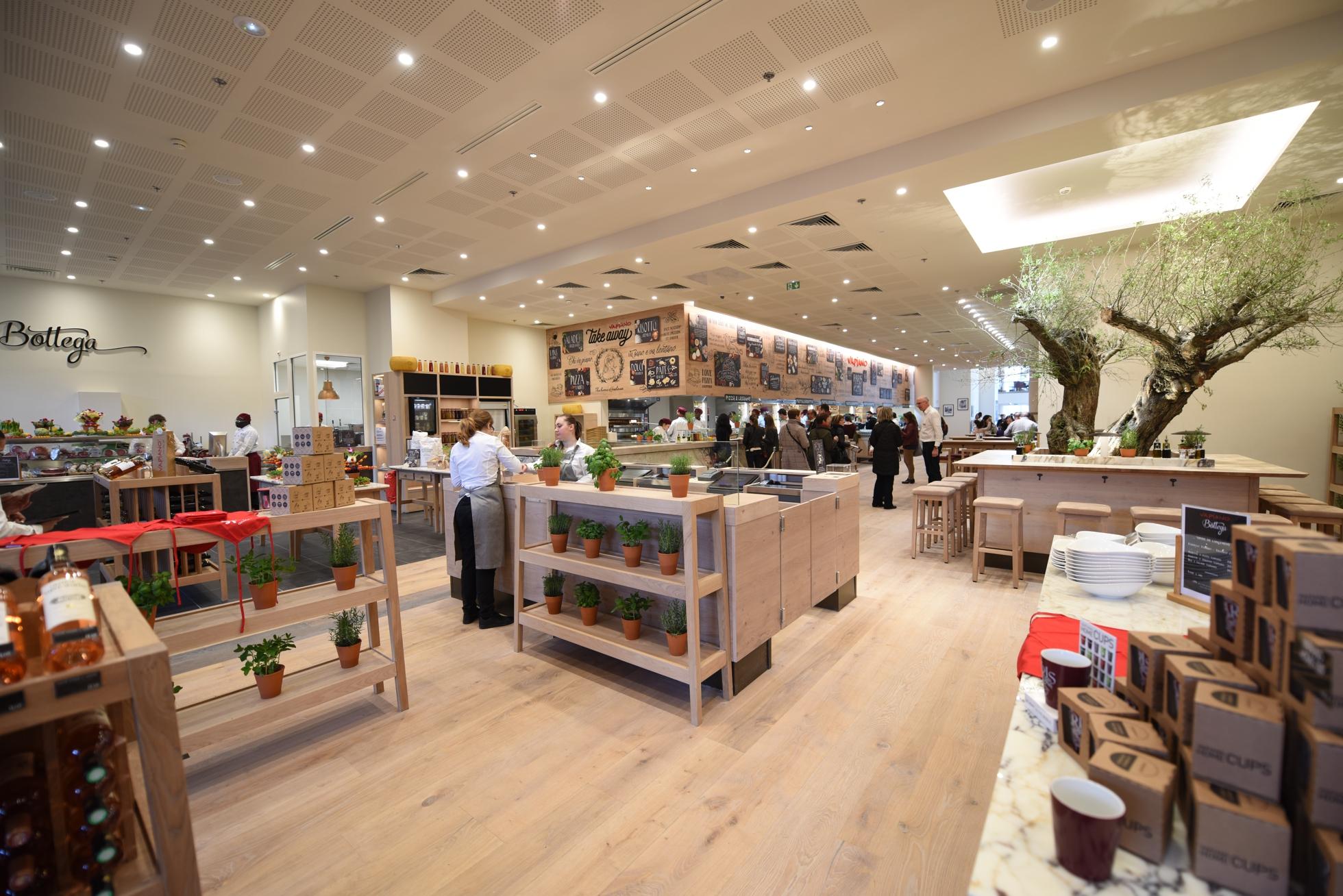 Vapiano ouvre un second restaurant dans le centre commercial des 4 temps de - Centre commercial des quatre temps ...